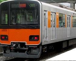 オレンジ電車.jpg